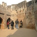 kashmiri gate walls
