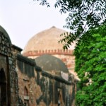 Madrasa_at_hauz_khas